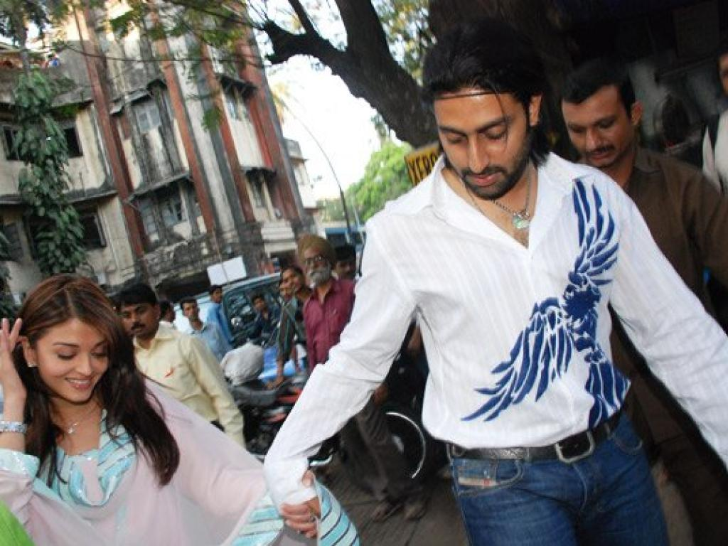 Bachchan Family Gathered In Jaipur To Celebrate The