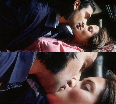Reema Sen Lip Kiss